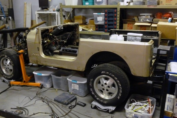 jeep-body-stripped-down